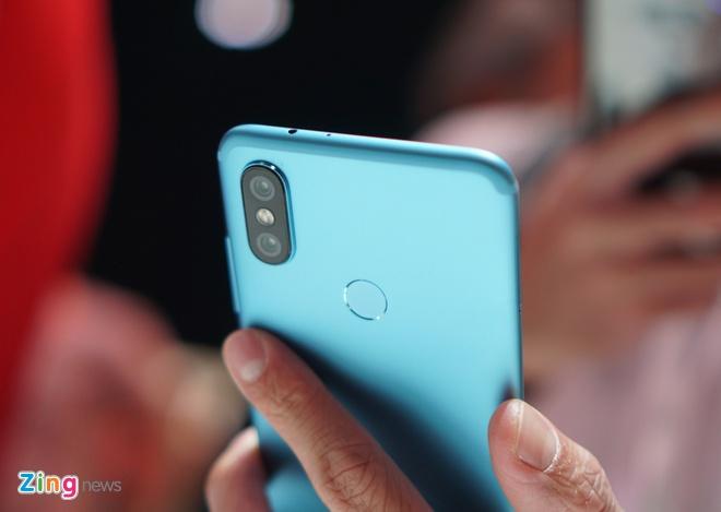 Trai nghiem Xiaomi Mi A2 anh 4