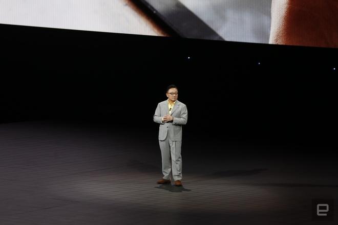 Galaxy Note9 ra mat: Manh me, pin khoe, but S Pen moi hinh anh 5