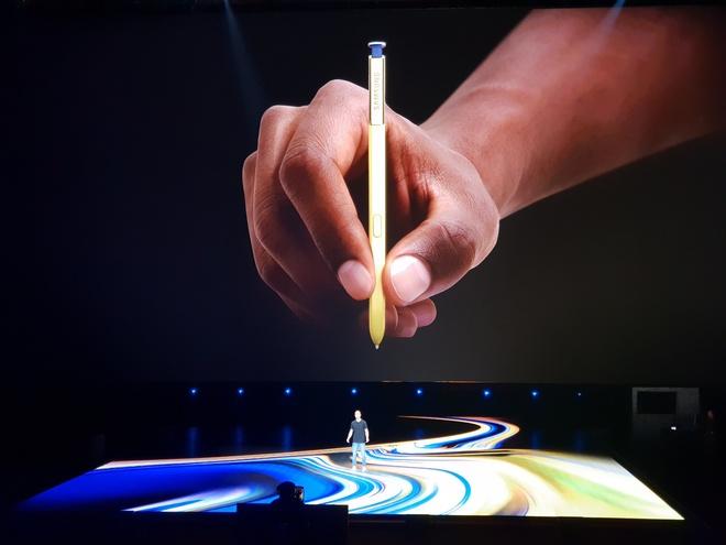 Nhung hinh anh an tuong tai buoi ra mat Galaxy Note9 hinh anh