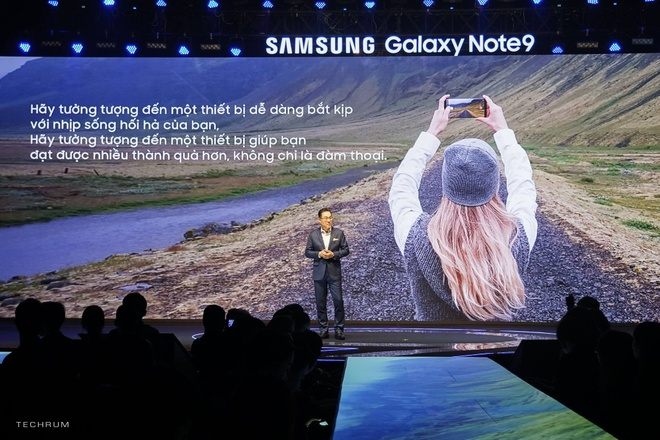 Samsung muon tung mot chiec smartphone 'chat nhat qua dat' hinh anh 11