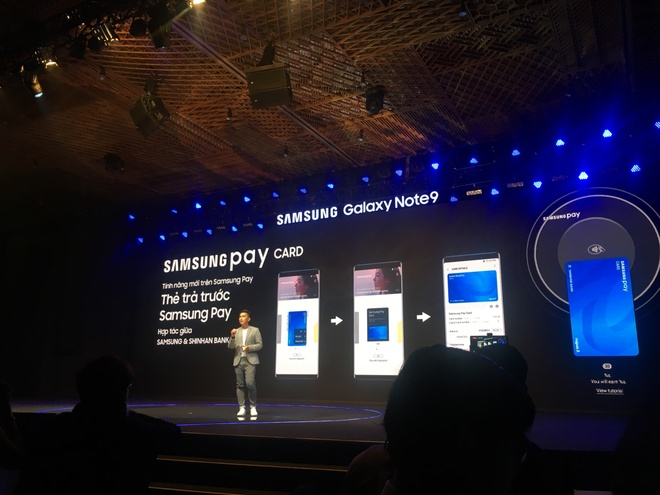 Samsung muon tung mot chiec smartphone 'chat nhat qua dat' hinh anh 15