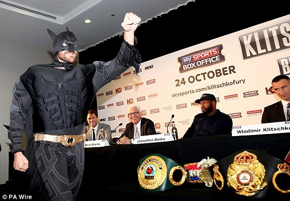 Wladimir Klitschko thu hung Tyson Fury: Ket thuc mot tro he? hinh anh 2