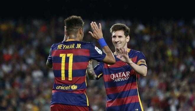 Co khi nao QBV 2015 se pha huy Neymar-Messi? hinh anh 2 Liệu giải thưởng QBV 2015 có chia rẽ sự đoàn kết giữa họ? Ảnh: AP.