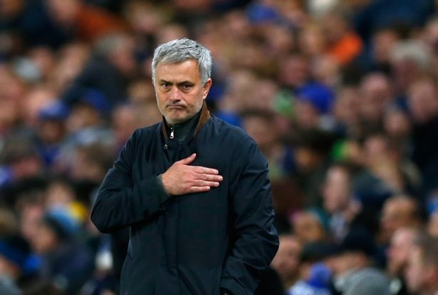 Mourinho tai sinh Chelsea tu noi bat dau hinh anh 2