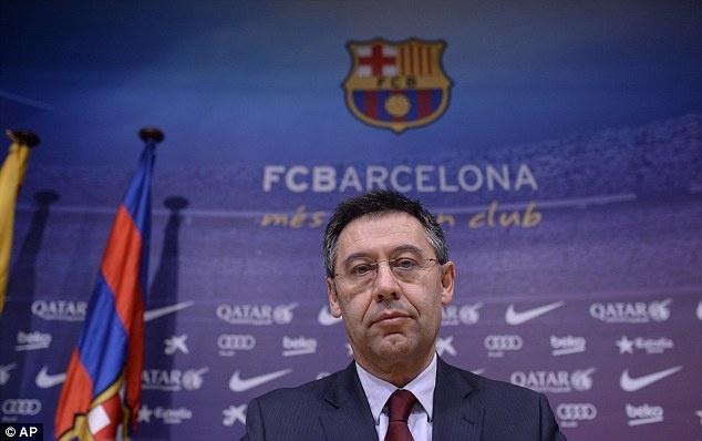 Khi Barcelona can lam mot that bai hinh anh 2