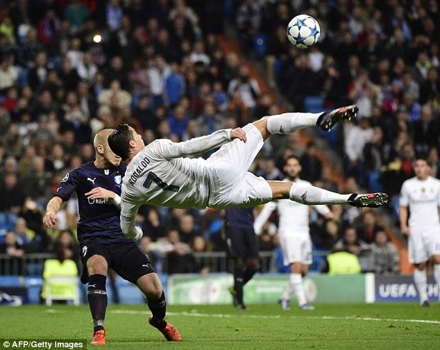 Gio Ronaldo la 'Ngai vui ve' hinh anh