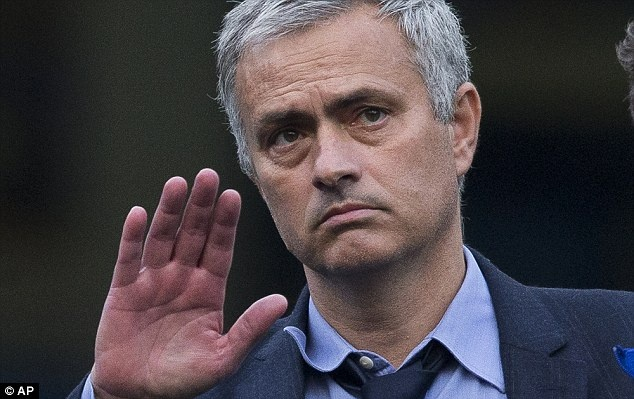 Voi Mourinho, ket thuc o Chelsea chi la khoi dau hinh anh 1
