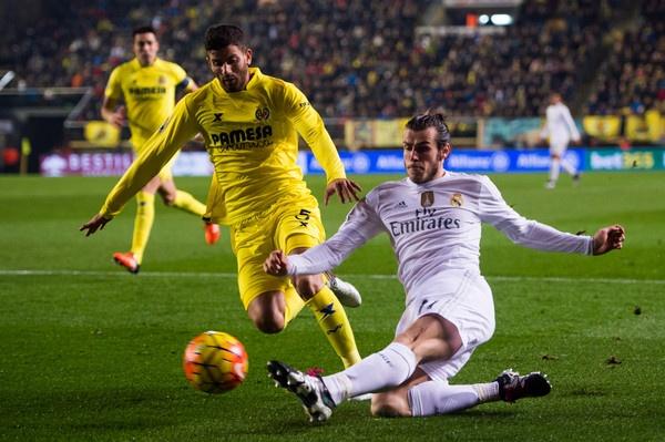Van de cua Benitez: Song hay khong song hinh anh 2 Benitez cần tạo ra một sự thay đổi trong đội hình và nên xuất phát từ Gareth Bale.