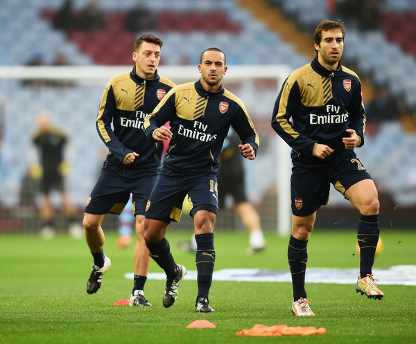 Arsenal thu hung Man City: Cuoc choi cua cac 'dai phao' hinh anh 2 Thwo Walcott có thể trở thành lá bài tẩy của Arsenal.
