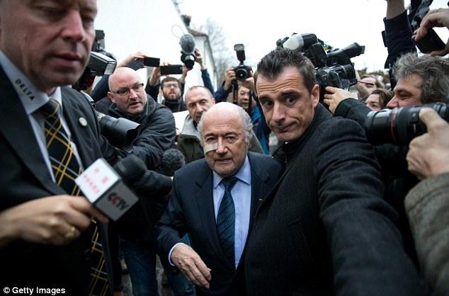 Blatter da tro thanh nguoi cua ngay hom qua hinh anh