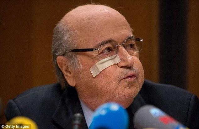 Blatter da tro thanh nguoi cua ngay hom qua hinh anh 2 FIFA chịu rất nhiều tai tiếng từ khi Blatter nắm quyền chủ tịch,