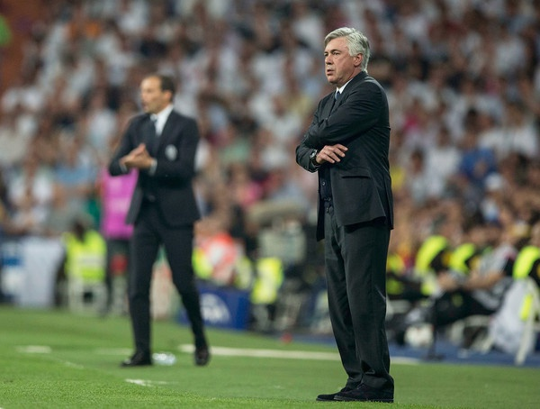 Ancelotti tro lai va chong Real Madrid hinh anh 1
