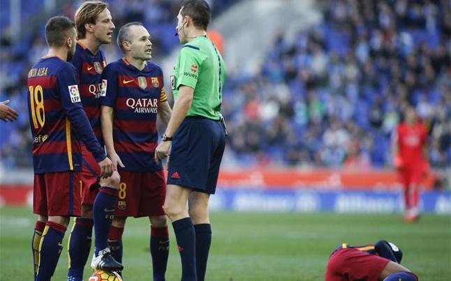 Du am derby xu Catalan: Am muu chong Barca hinh anh 2