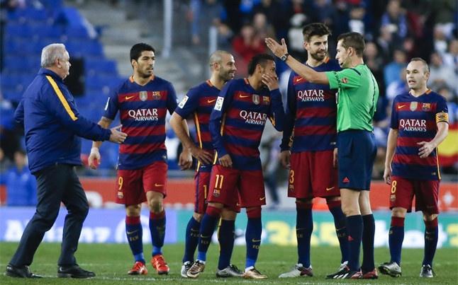 Du am derby xu Catalan: Am muu chong Barca hinh anh 1