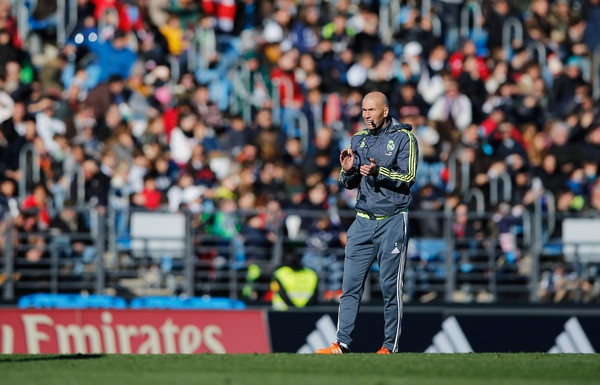He lo cong thuc van hanh Real cua Zidane hinh anh 2