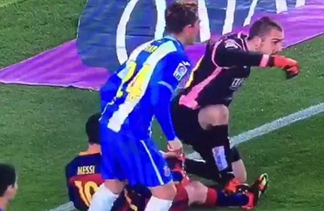 Phan 2 derby xu Catalan: Thien than va ac quy hinh anh 2