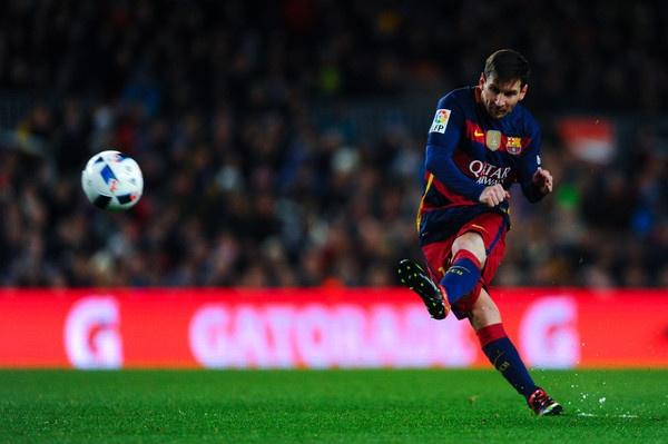 Khi Messi la kiet tac hoan hao cua Chua hinh anh 2