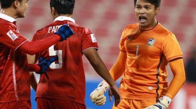 Quyet tao cu soc, Kiatisak khong so U23 Nhat Ban hinh anh