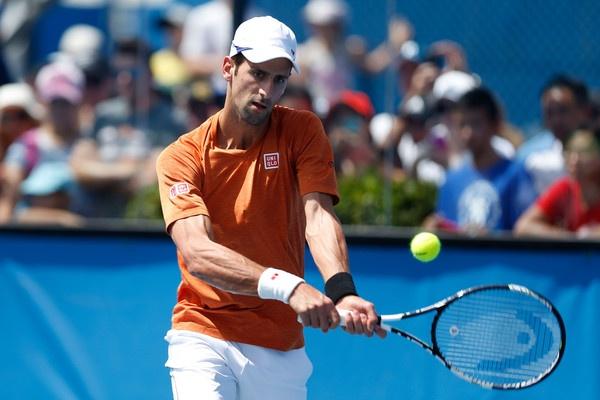 Federer muon cong khai nguoi loi keo Djokovic ban do hinh anh 1