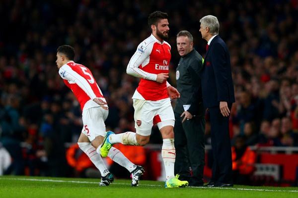 Tro 'xuan ngoc' cua Mertesacker hai Arsenal hinh anh 3