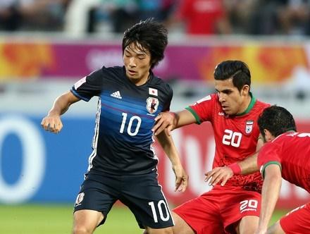 Ban ket U23 chau A: Dong-Tay tranh hung hinh anh