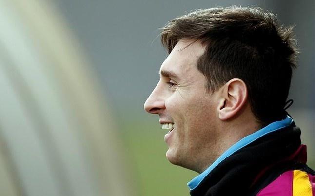 Messi khong co doi thu ve tiem nang thuong mai hinh anh