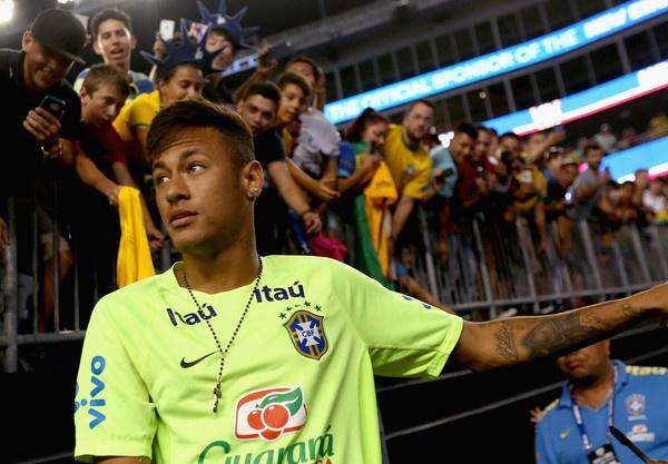 Neymar co that su dang gia 190 trieu euro? hinh anh