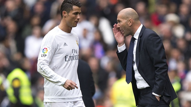 Cang chi trich, Ronaldo cang tan bao hon hinh anh 4