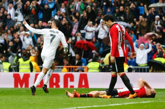 Ronaldo: Da thay bong dang su hoi sinh hinh anh 3