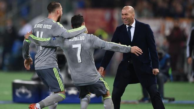 Ven man cong thuc hoi sinh Ronaldo hinh anh 3
