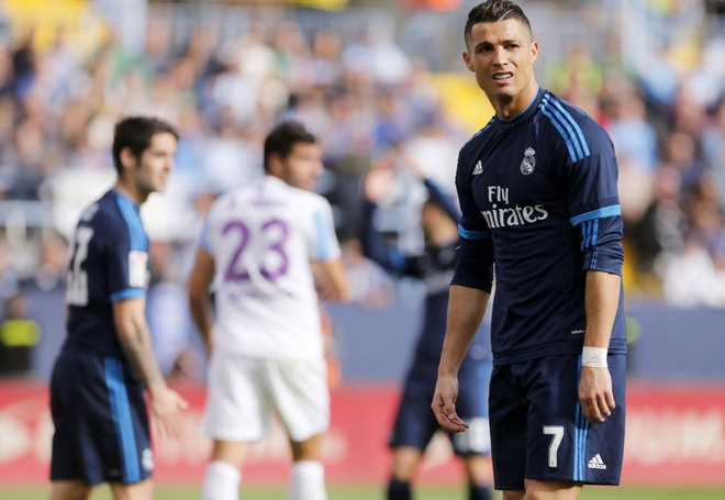 La Liga: Thanh Madrid dang cup cho Barcelona hinh anh 1
