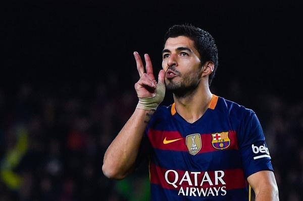 Neu Suarez khoac ao Arsenal... hinh anh