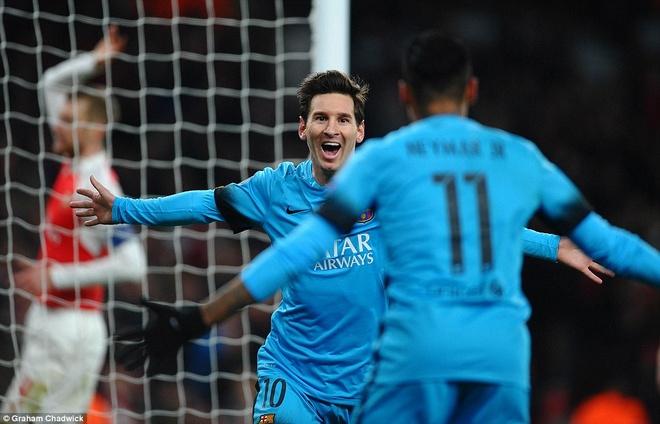 Doc than chu, Barca diet gon Arsenal hinh anh 1