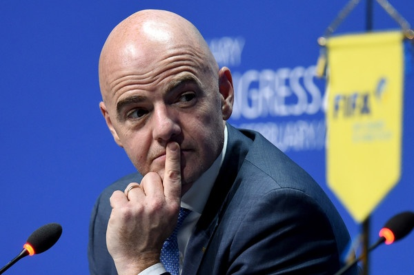 Ly do giup Gianni Infantino tro thanh chu tich FIFA hinh anh