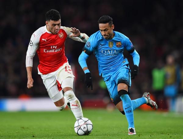 Neymar va cau chuyen ke thua: La Messi hay Ronaldinho hinh anh 1
