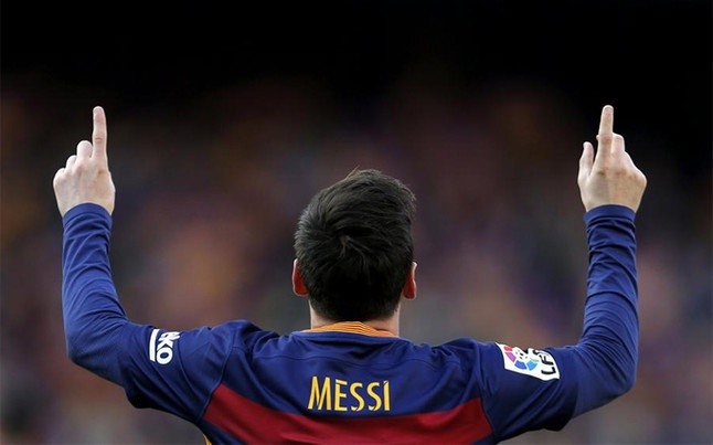 Ven man cong thuc sut phat cua Messi hinh anh