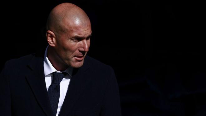 Tuong lai Zidane o Real Madrid: Ngan can treo soi toc hinh anh