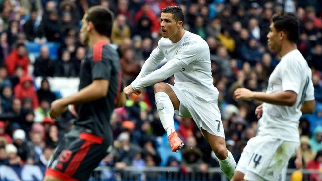 Neu Ronaldo luc nao cung nhu hom nay... hinh anh 1