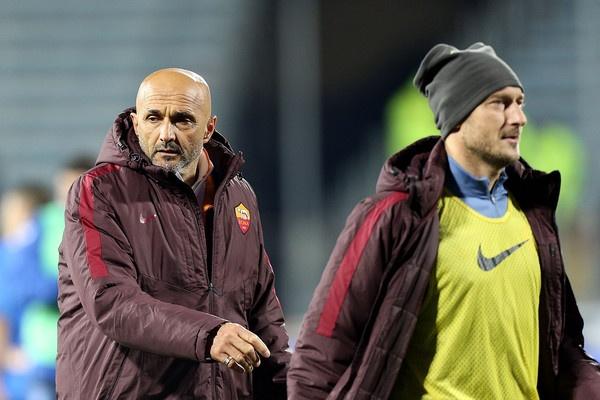 Francesco Totti va loi tam biet cua vi vua thanh Rome hinh anh 2