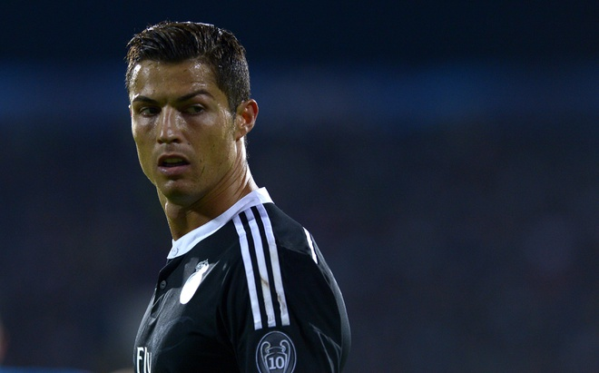 Tu Sharapova toi Ronaldo va su co don cua ngoi sao hinh anh