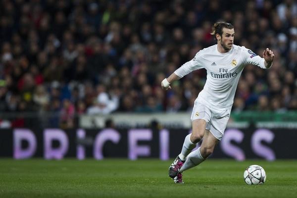 Thay Ibrahimovic, Bale xung dang hon Ronaldo hinh anh 2