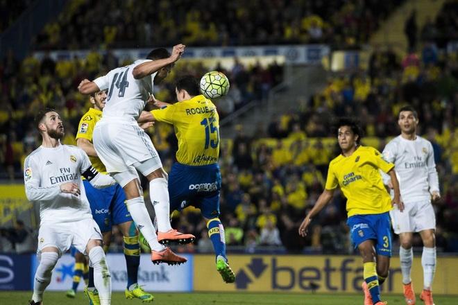 Zidane dang no Real mot loi xin loi hinh anh 1