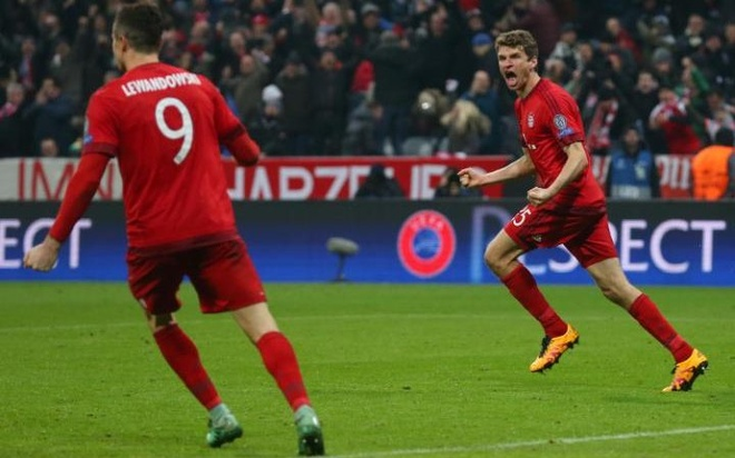 Nguoi Anh dang no Bayern mot loi cam on hinh anh 2