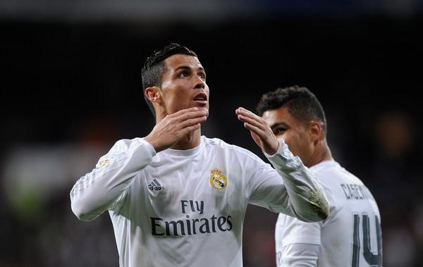 Hang cong Real lot xac the nao duoi thoi Zidane? hinh anh 1