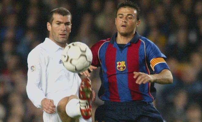Real chi ha duoc Barcelona khi Zidane xo giay ra san hinh anh