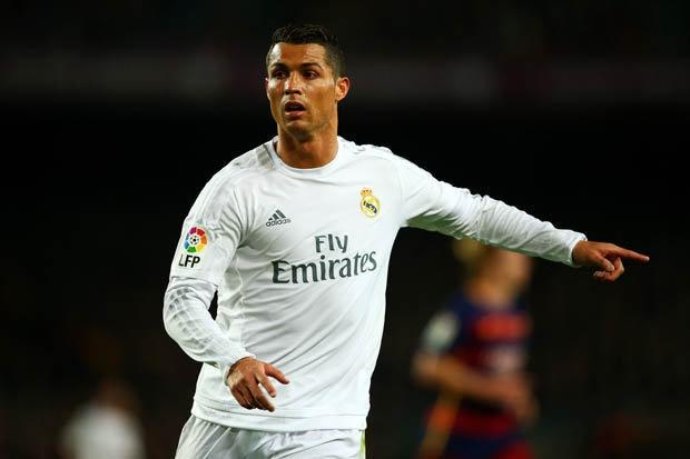 Real rao ban Ronaldo voi gia re hinh anh
