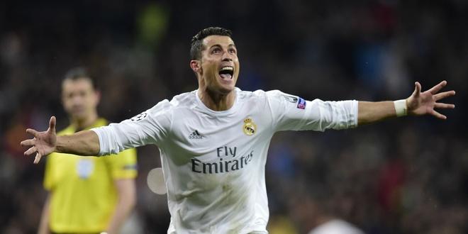 Truyen thong the gioi ngoi ca Ronaldo hinh anh