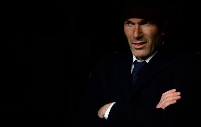 Real dang so nho su tram lang cua Zidane hinh anh