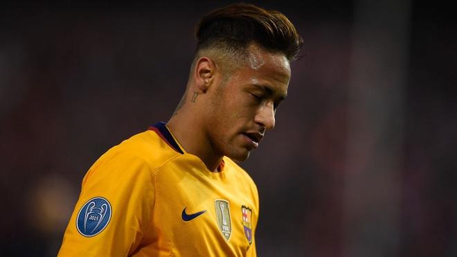 Dang co mot am muu chong lai Neymar hinh anh