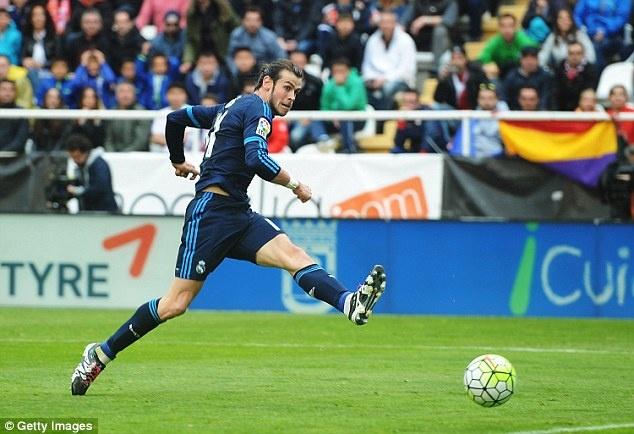 Gareth Bale dang cuoi guong gao voi MU hinh anh 1